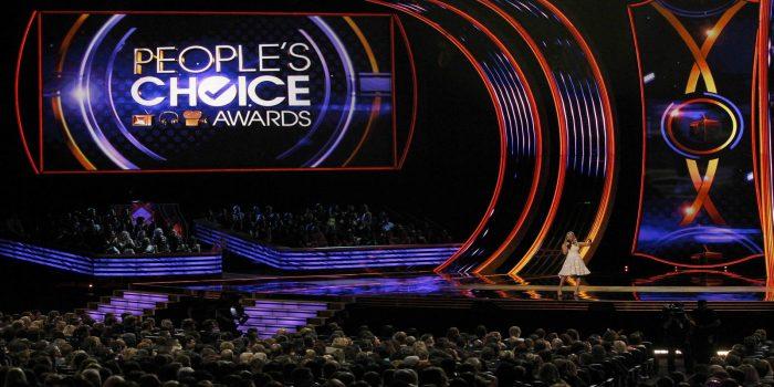 <h2>Премия People&#8217;s Choice Awards 2017</h2><hr/><h3>18 Января 2017</h3><h4>Лос-Анджелес</h4>